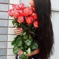 伤感,半身,唯美:手捧着鲜花又如何,不是你的新娘有何意义图片