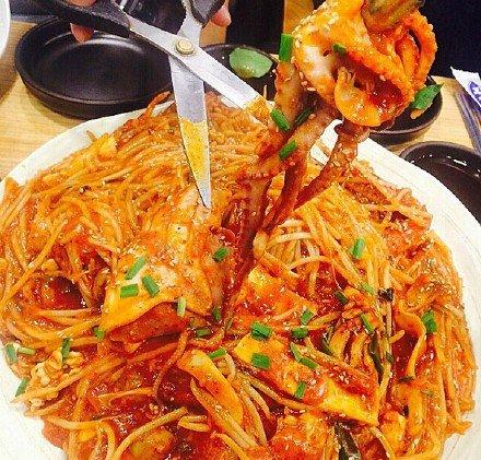 美食,另类图片:辣炖海鲜有没有馋到你