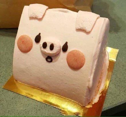 美食,创意,另类图片:粉红小猪蛋糕-可爱图片-七七空间
